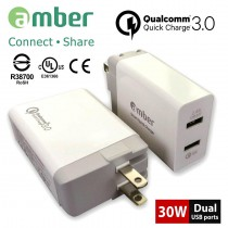 APC-01_ 智慧極速USB充電器。30W足瓦、USB雙口輸出,高通Qualcomm Quick Charge 3.0認證。QC3.0/QC2.0。